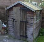220px-Elderly_shed_269720