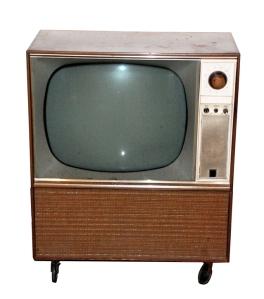 old-t-v-1310765-639x726