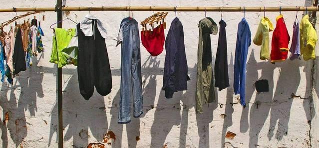 washing-line-1193124-639x296.jpg