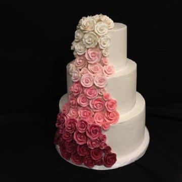 wedding cake roses.jpg