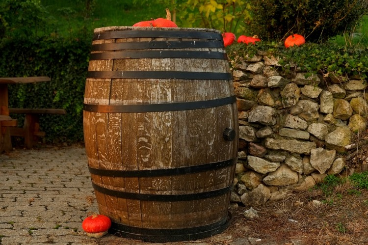 wine-barrel-1772439_1280.jpg